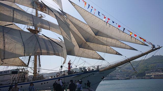2019長崎帆船まつり (10) セイルドリル ナジェジュダ.JPG