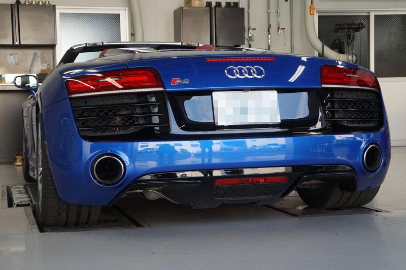 Audi R8 Spyder 4.JPG