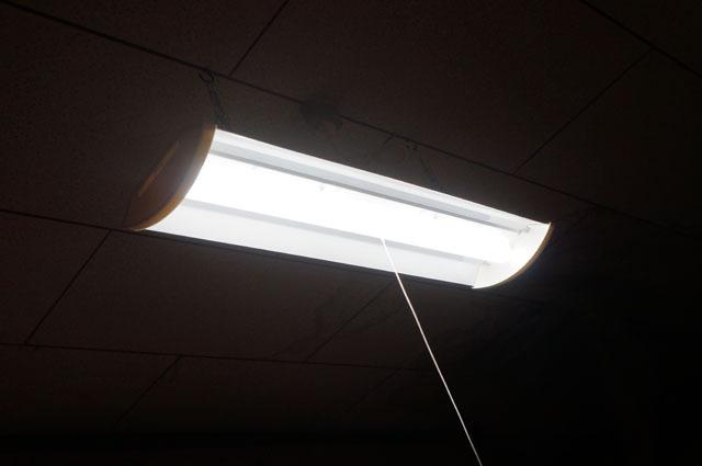 コンセント式LED多目的灯 (9).JPG
