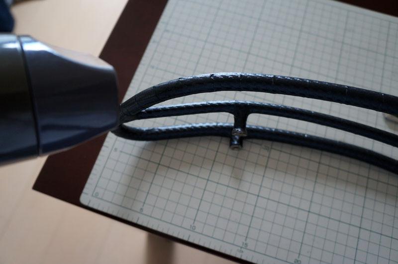 サドルトップトリム カーボンシート 貼り付け-6.JPG