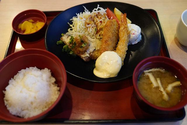 シーフードミックスフライ定食.JPG