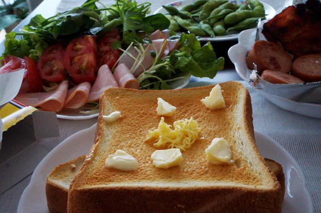 トースト サラダ (2).JPG