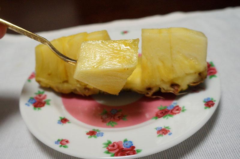 パイナップル 2.JPG