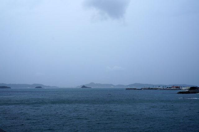 台風接近中の海.JPG