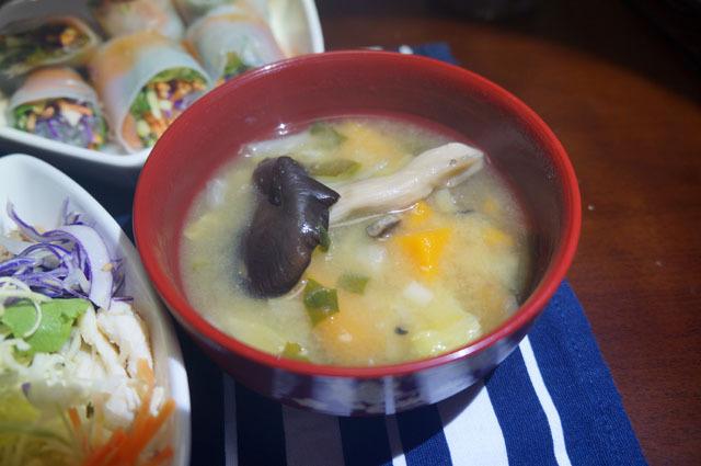 霜降りヒラタケのお味噌汁.JPG