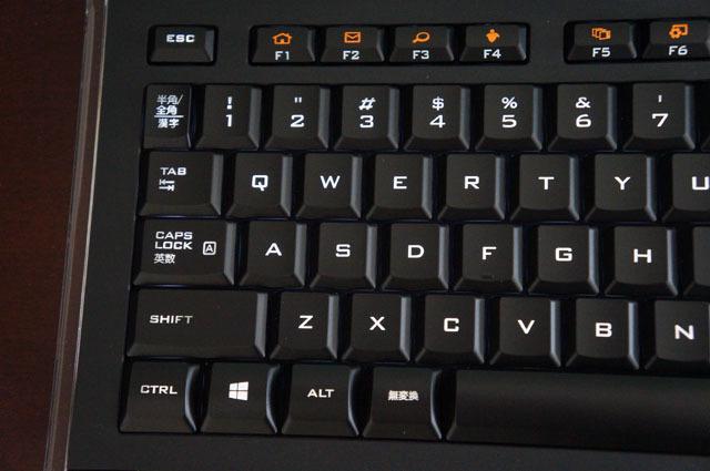 LOGICOOLイルミキーボードK740 (3).JPG